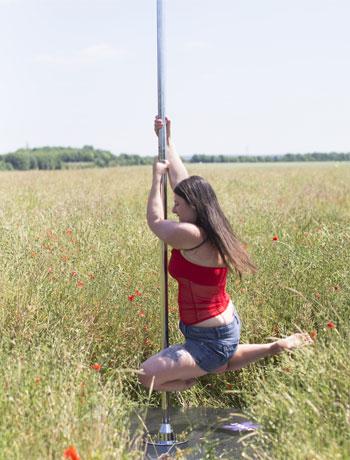 La pole dance m'a réconciliée avec mon corps